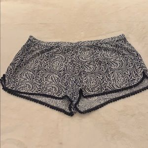 Aerie Navy Blue and white shorts